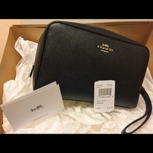 Coach Crossgrain Leather Black Cosmetics Case NWT